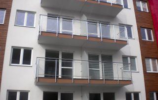 Balustrady balkonowe ze stali nierdzewnej - blok w Rzeszowie, ul. Strażacka
