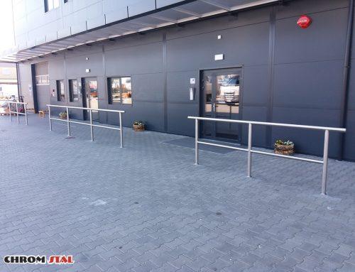 Balustrady ze stali nierdzewnej w supermarkecie w Przemyślu